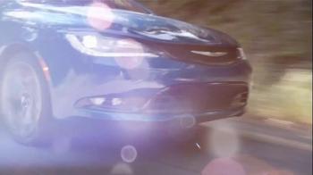 2015 Chrysler 200 TV Spot, 'AWD, Horsepower, Style & Safety' - Thumbnail 5