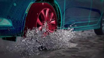 2015 Chrysler 200 TV Spot, 'AWD, Horsepower, Style & Safety' - Thumbnail 7