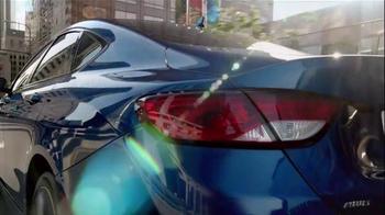 2015 Chrysler 200 TV Spot, 'AWD, Horsepower, Style & Safety' - Thumbnail 9