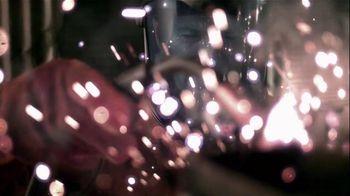 2015 Chrysler 200 TV Spot, 'AWD, Horsepower, Style & Safety' - 518 commercial airings