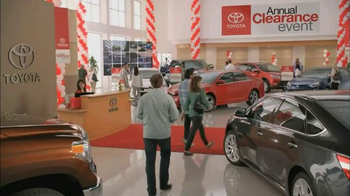 Toyota Annual Clearance Event TV Spot, 'Hurry In' - Thumbnail 1
