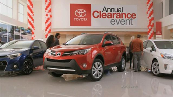 Toyota Annual Clearance Event TV Spot, 'Hurry In' - Thumbnail 3