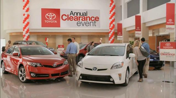 Toyota Annual Clearance Event TV Spot, 'Hurry In' - Thumbnail 8