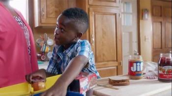 Walmart TV Spot, 'Back to School Lunch' - Thumbnail 4
