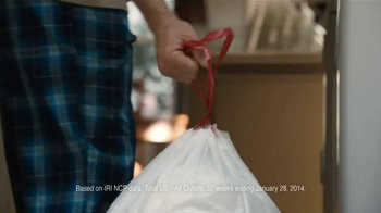 Glad TV Spot, '60 More Bags' - Thumbnail 4