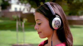 Bose QuietComfort 15 TV Spot, 'Band' - Thumbnail 8