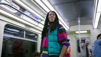Trident TV Spot, 'Subway Karaoke' - Thumbnail 7