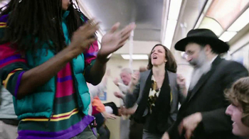 Trident TV Spot, 'Subway Karaoke' - Thumbnail 8