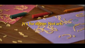 Kraft Macaroni & Cheese TV Spot, 'Dinner, Not Art' - Thumbnail 6
