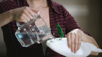 Libman Freedom Mop TV Spot, 'Bottles' - Thumbnail 2