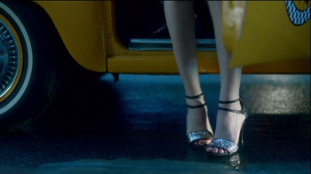 DSW TV Spot For In With The In Crowd - Thumbnail 6
