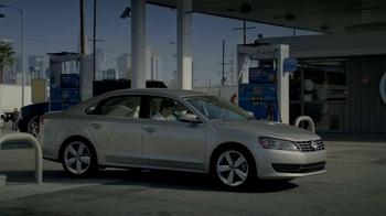 Volkswagen Passat TDI TV Spot, 'Spanish Road Trip' - Thumbnail 1