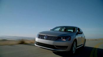 Volkswagen Passat TDI TV Spot, 'Spanish Road Trip' - Thumbnail 4