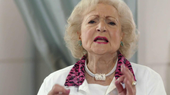 Tide Vivid TV Spot, 'Rules of White' Featuring Betty White - Thumbnail 8