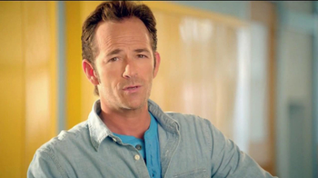 Old Navy TV Spot For Back To School Special Featuring Jennie Garth - Thumbnail 7