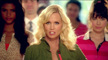 Old Navy TV Spot For Back To School Special Featuring Jennie Garth - Thumbnail 9