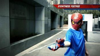 The Amazing Spider-Man TV Spot, 'Newsflash' - Thumbnail 8