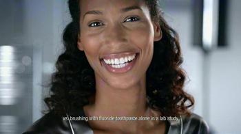 Listerine TV Spot For Whitening Plus Restoring - Thumbnail 10