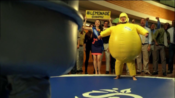 Snapple Diet Half and Half TV Spot, 'Sumo Wrestling' Feat. Aaron Takahashi - Thumbnail 5