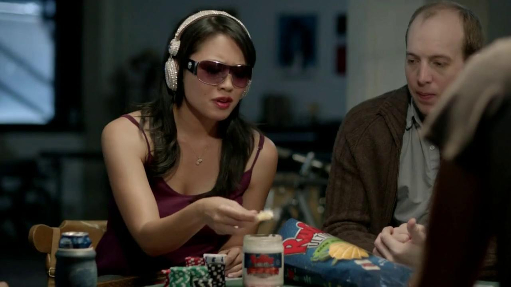 Ruffles Ultimate Chips And Dip TV Commercial, 'Card Game'