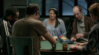 Ruffles Ultimate Chips And Dip TV Spot, 'Card Game' - Thumbnail 3