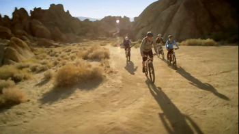 Michelob Ultra TV Spot, 'Bike Ride' Featuring Song: Young the Giant - Thumbnail 3