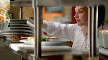 Red Lobster Endless Shrimp TV Spot with Angela Trapp - Thumbnail 9
