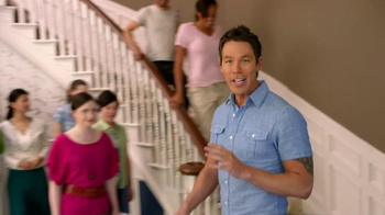 HGTV HOME by Sherwin-Williams TV Spot, 'Team' Featuring David Bromstad - Thumbnail 9