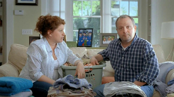 Tide TV Spot, 'Triplets Home from College' - Thumbnail 7