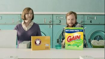 Gain Detergent TV Spot, 'Revolving Door'