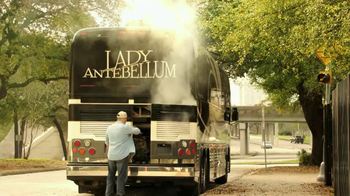 Lipton TV Spot For Tea & Honey Packets Featuring Lady Antebellum - Thumbnail 1