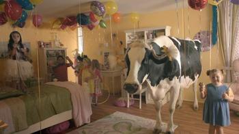 Real California Milk TV Spot For Birthday Party - Thumbnail 5