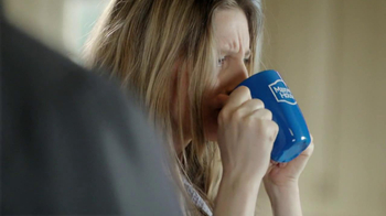Maxwell House Flavor Lock Pack TV Spot, 'Loud Grinder' - Thumbnail 8
