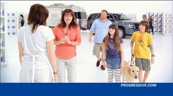 Progressive TV Spot, 'Awkward Family Photo' - Thumbnail 3