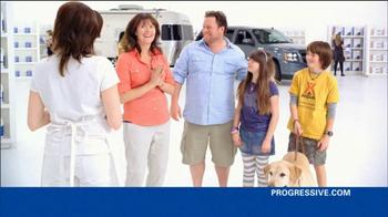 Progressive TV Spot, 'Awkward Family Photo' - Thumbnail 5