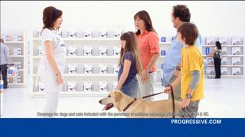 Progressive TV Spot, 'Awkward Family Photo' - Thumbnail 6