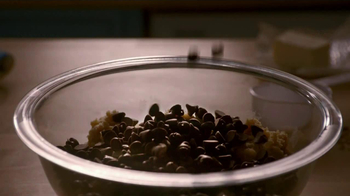 Nestle Toll House TV Spot For Chocolate Chip Cookies - Thumbnail 2