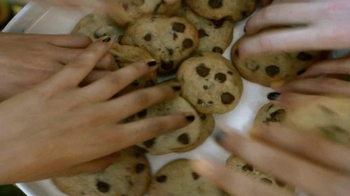 Nestle TV Spot For Chocolate Chip Cookies - Thumbnail 6