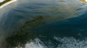 GoPro HERO2 HD TV Spot, 'You in HD: Surfing' Featuring Kelly Slater - Thumbnail 4