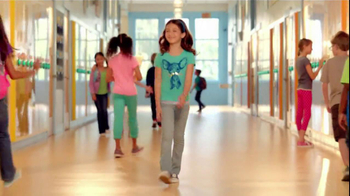 Old Navy $10 & Under Sale TV Spot, 'Back to School Special' - Thumbnail 4