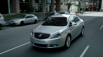 Buick Verano TV Spot, 'Great Taste' Featuring Ted Allen - Thumbnail 7