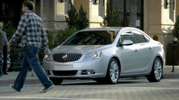 Buick Verano TV Spot, 'Great Taste' Featuring Ted Allen - Thumbnail 8