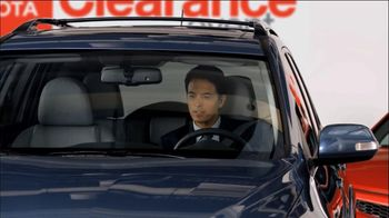 Toyota Nationwide Clearance Event TV Spot, 'Hotel Lobby'