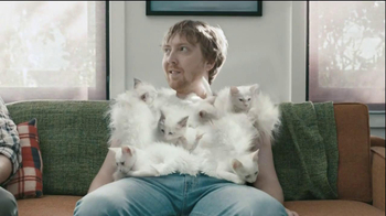 Hanes Comfort Blend T-Shirt TV Spot, 'Kitten Shirt' Feat. Michael Jordan - Thumbnail 4