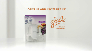 Glade Plug-in Scented Oils TV Spot - Thumbnail 8