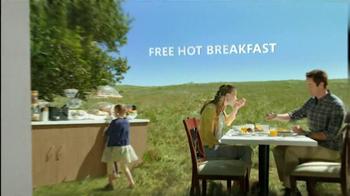 Hampton Inn & Suites TV Spot, 'Weekend Getaway' - Thumbnail 2