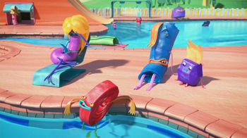 Fruitsnackia TV Spot, 'Swimming Pool' - Thumbnail 5