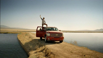 Chevrolet Silverado TV Spot, 'Getting Away' - Thumbnail 5