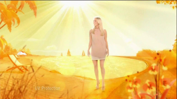 Olay TV Spot Olay Complete Featuring Carrie Underwood - Thumbnail 3
