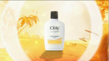 Olay TV Spot Olay Complete Featuring Carrie Underwood - Thumbnail 6